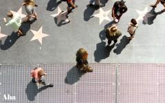 Videti Čubaku u šetnji na Hollywood Walk of Fame bulevaru nije ni najmanje čudna stvar. U svako doba dana ulica vrvi od uličnih zabavljača.