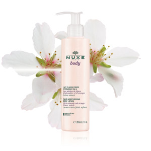 Body2015_24hrMoisturisingBodyLotion_flower