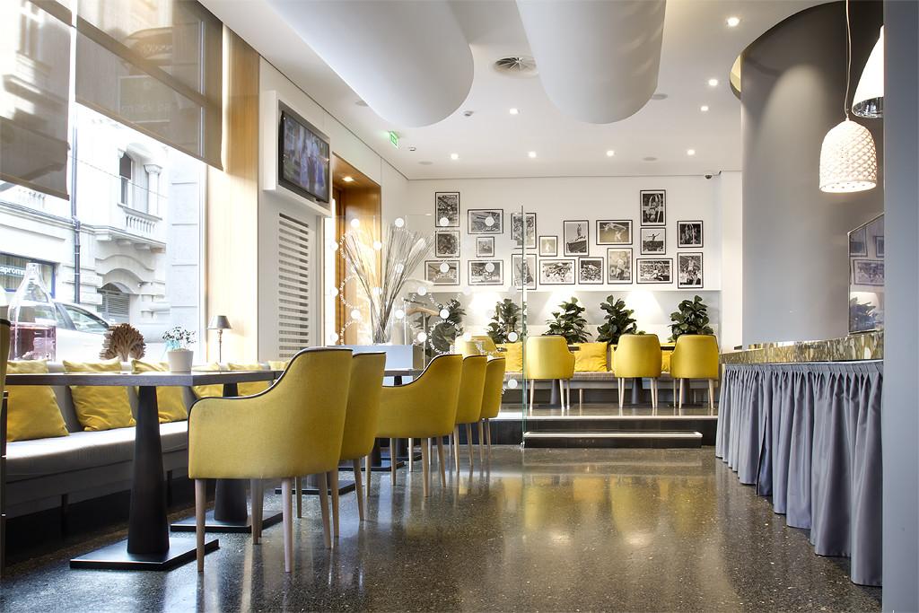 01 Restoran (1)