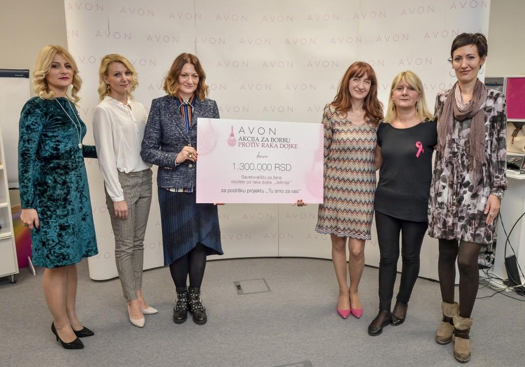 Kompanija Avon urucila donaciju Savetovalistu Jefimija