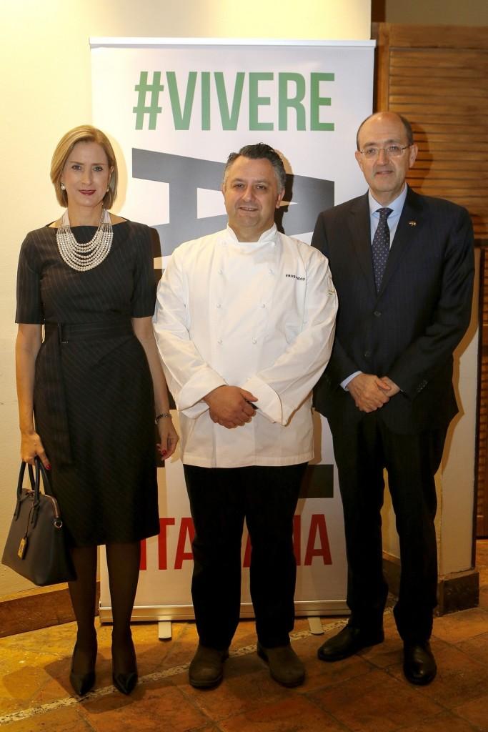 Ambasador Lo Cascio sa suprugom, chef Picco, Hyatt